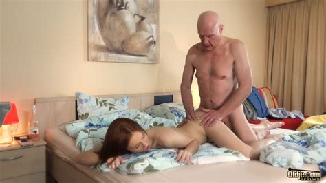 Young Girls Deep Pussy Penetrated By Old Guys • Oldje