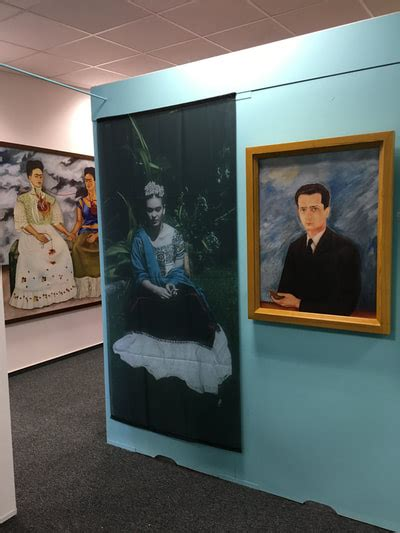 Frida Kahlo Selbstbildnis Mit Dornenhalsband by Frida Kahlo Im Kunstmuseum Gehrke Remund Baden Baden 100