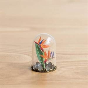 Miniature paper sculptures that fit on the tip of your finger for Miniature paper plants by raya sader bujana