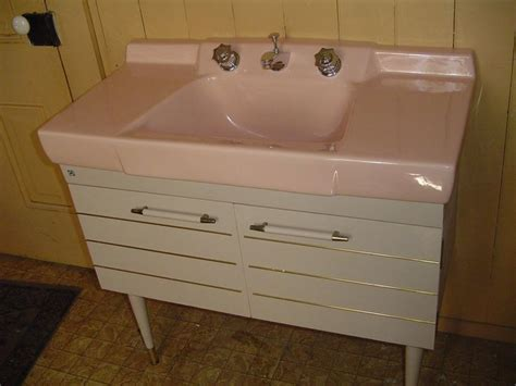 Kitchen Sink 1959 by Best 25 Vintage Bathroom Sinks Ideas On