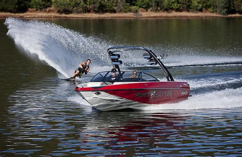 Malibu Boat Decals For Sale by Research 2012 Malibu Boats Ca Wakesetter Vtx On Iboats