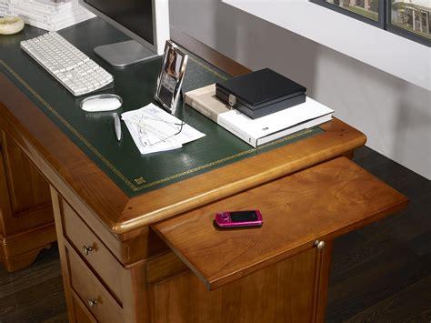 bureau merisier massif bureau ministre 9 tiroirs en merisier massif de style