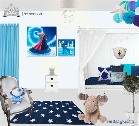la chambre de la reine une chambre de princesse blanche et bleue