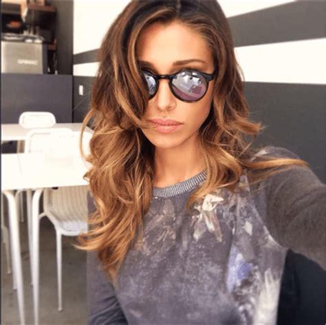 E' una belen rodriguez in splendida forma, quella che ha condiviso il primo shooting dopo il lockdown. Belen Rodriguez bellissima e sexy in Brasile per uno ...