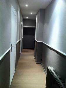 Deco Couloir Blanc : idee deco pour couloir fashion designs ~ Zukunftsfamilie.com Idées de Décoration