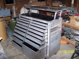 Woodworking Build a rolling tool chest Plans PDF Download