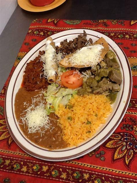 plato mexicano mexican plate asada desebrada carne verde
