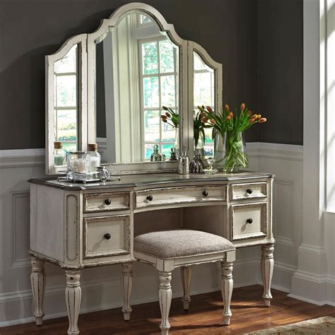 vanity sets for bedrooms delivery estimates northeast factory direct cleveland 17703 | products%2Fliberty furniture%2Fcolor%2Fmagnolia%20manor 244 br vn b1