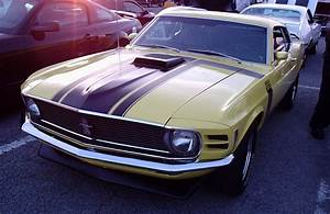 File:'70 Ford Mustang Boss 302 (Les chauds vendredis '10).jpg - Wikimedia Commons