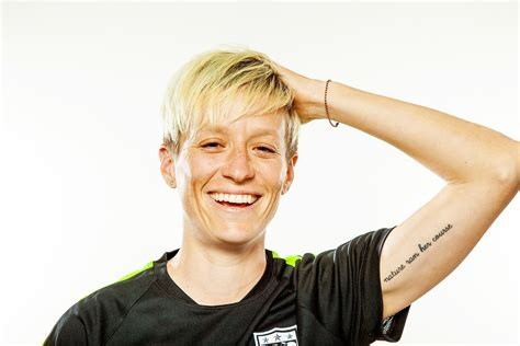 womens world cup team midfielder megan rapinoe sicom