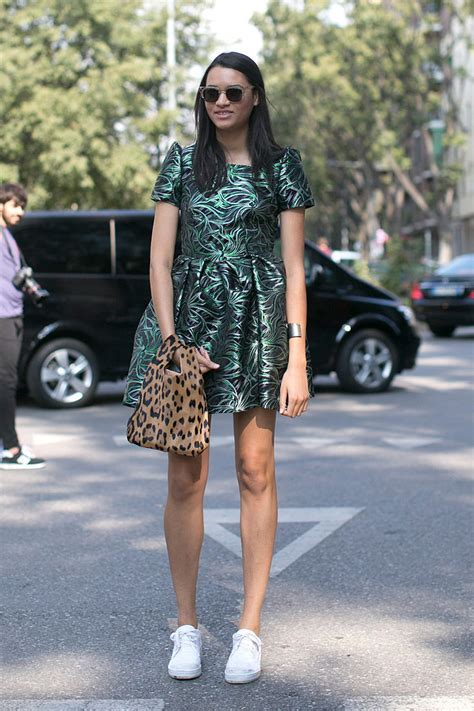 You donu0026#39;t have to wear pumps platforms or sandals with a party | The 10 Most Stylish Ways to ...