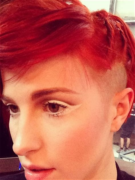 Hayley Williams' new undercut pictures :: Red hair with