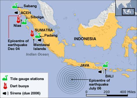 tsunami warning tracker