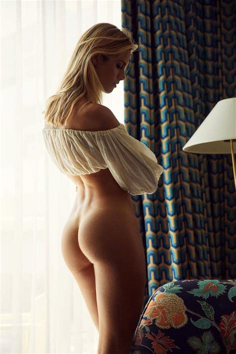 Natalie Roser Nude Sexy Photos Scandal Planet
