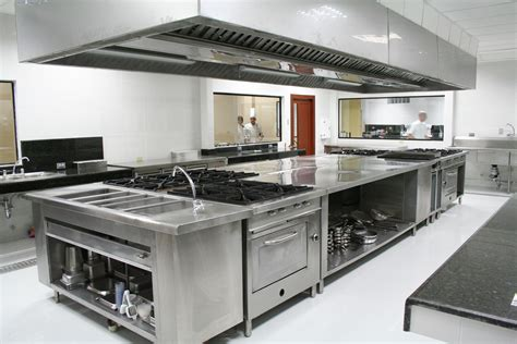 cuisine acier tout savoir sur le comptoir de cuisine en acier inoxydable