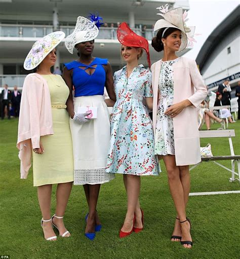 444 best Ladies Racing Fashion images on Pinterest | Fashion hats Headdress and Wedding guest ...