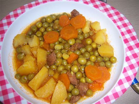cuisiner des petits pois frais petits pois carotte en sauce la cuisine de mimi
