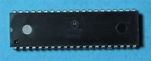 Motorola Mc6802p Microprocessor W   128