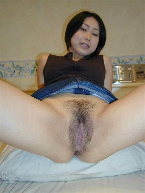xopersion beautiful japanese girl reveals her hairy sweet