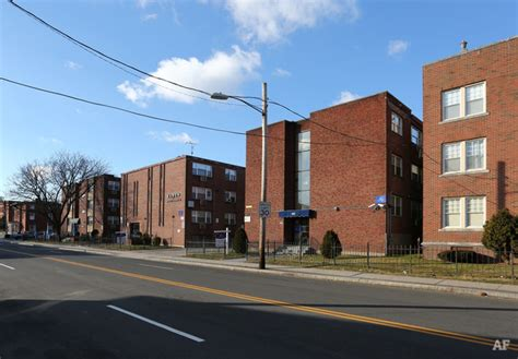 garden hill apartments hartford ct garden hill apartments hartford ct apartment finder
