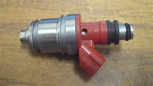 Inyector De Gasolina Fj563 Suzuki Aerio