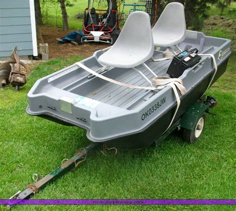 Sun Dolphin Fishing Boat Trailer by Sun Dolphin Sportsman Fishing Boat The Best Fish 2018