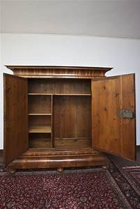 An Und Verkauf Berlin Möbel : frankfurter wellenschrank um 1730 antike m bel und antiquit ten berlin ~ Indierocktalk.com Haus und Dekorationen