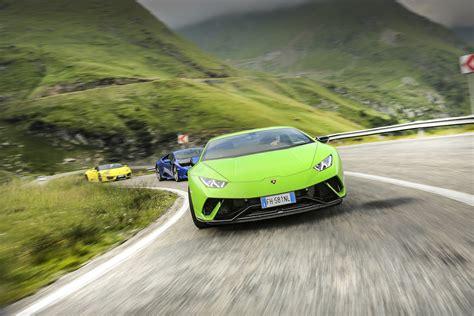 Lamborghini Huracans Tackling The