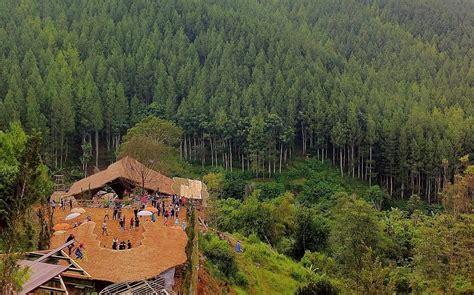 menikmati pesona wisata alam terbuka  lodge maribaya
