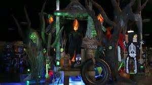 Spirit Halloween Animatronics by Spirit Swamp Tours Spirit Halloween Wikia Fandom