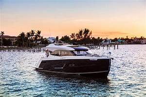 2018 Carver C52 Coupe Power Boat For Sale Wwwyachtworldcom
