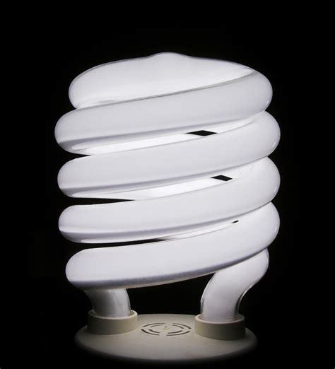 how to remove fluorescent light bulb take apart a compact fluorescent bulb