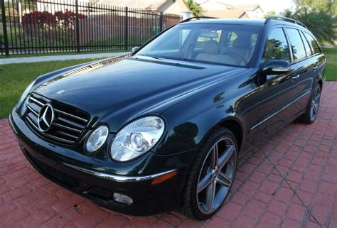 Fully loaded, sunroof, black leather seats, rear ac, super clean inside and out, no dents, dings, or. 2004 Mercedes-Benz E320 Wagon   Favcars.net