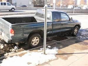 Find Used Dodge Dakota Extended Cab Pickup 5 Spd Stick 3 9