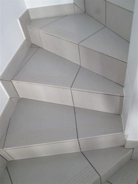 finition escalier beton exterieur elegant marche exterieur