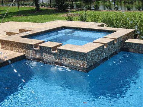 features piazza signature pools