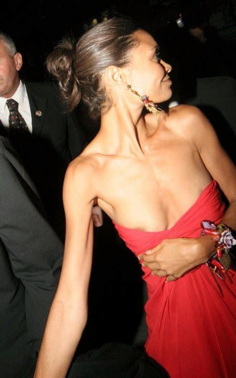 Nipple Slips Of Celebrities Page 13