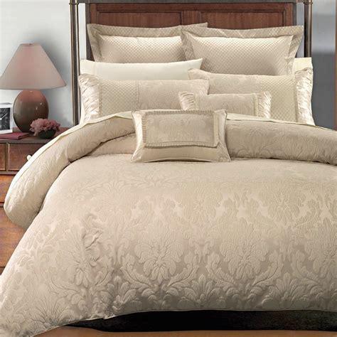 hotel pillows amazon luxury 9 comforter set sizes king
