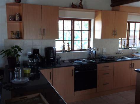 Cupboards In Kitchen by Melamine Kitchens In Jhb Pta Nico S Kitchens
