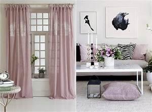 Rosa Deko Wohnzimmer : romantisch wohnen vorh nge und kissenbez ge in rosa regalk sungen in 2019 ~ Frokenaadalensverden.com Haus und Dekorationen