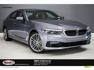 2017 Bluestone Metallic BMW 5 Series 530i Sedan #119753549