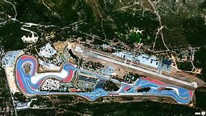 Circuit Paul Ricard F1 : 100 belle foto satellitari per scoprire la terra wired ~ Medecine-chirurgie-esthetiques.com Avis de Voitures