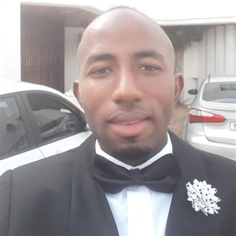 Dr tumi is not only a gifted songwriter par excellence but he is also a seasoned minister of song, who is graced with in season melodies that flow from the throne. Seun Olanrewaju - YouTube
