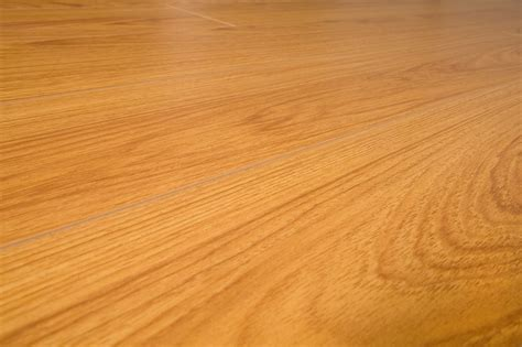 cherry laminate flooring 12mm free sles lamton laminate 12mm narrow board collection underpad attached american cherry