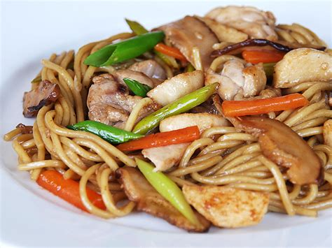 chicken chow mein october 29 2010 archives ang sarap a tagalog word for quot it s delicious quot