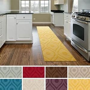 Tapis De Cuisine Long : tapis de cuisine de tout type confort et ambiance chaleureuse ~ Teatrodelosmanantiales.com Idées de Décoration