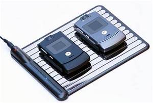 Handy Aufladen Ohne Kabel : bitte auf die platte legen handy akku ohne kabel ~ Kayakingforconservation.com Haus und Dekorationen
