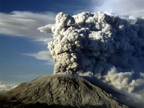 mount st helens facts about deadliest u s volcanic event 35 years later