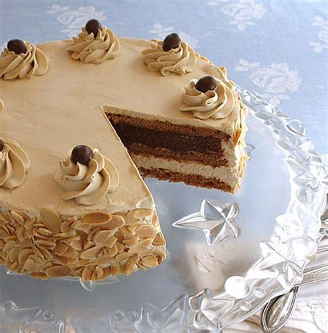 Hazelnut Almond Mocha Dacquoise Meringue Cake