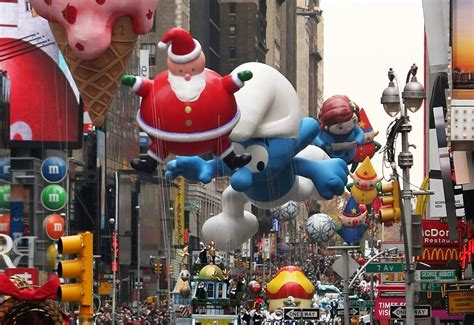 amazing balloons   macys thanksgiving day